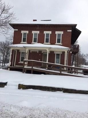 110 West Railroad, Columbiana, OH - USA (photo 1)