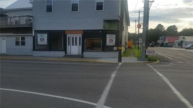 102 South Main, Harrisville, PA - USA (photo 1)