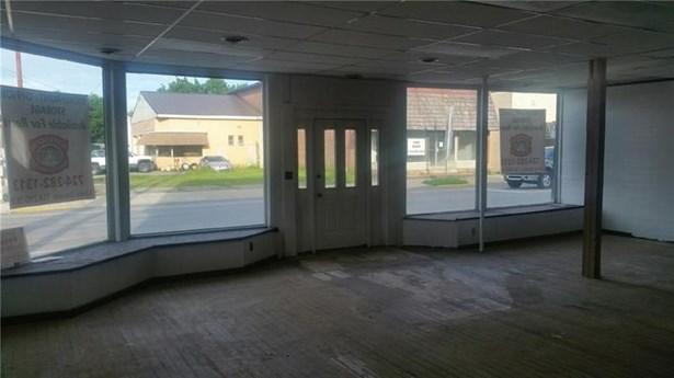 102 South Main, Harrisville, PA - USA (photo 2)