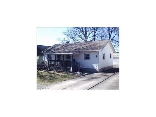 924 Lafayette Ave, Niles, OH - USA (photo 1)
