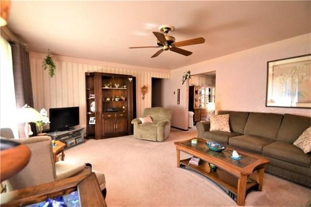1277 Shenango Rd, Darlington, PA - USA (photo 4)
