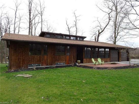 1327 Pleasant Valley Rd, Niles, OH - USA (photo 1)