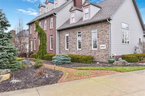 3840 Belle Terreno, Canfield, OH - USA (photo 2)