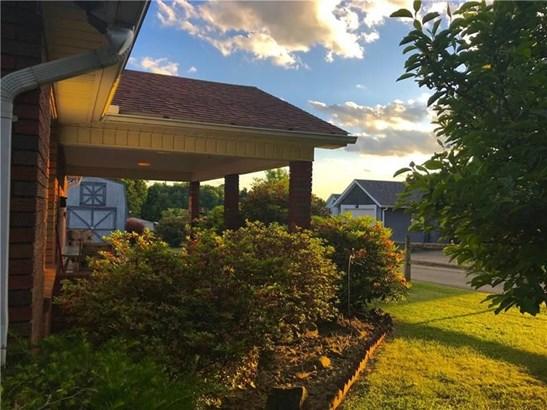 721 Darlington, Jeannette, PA - USA (photo 3)