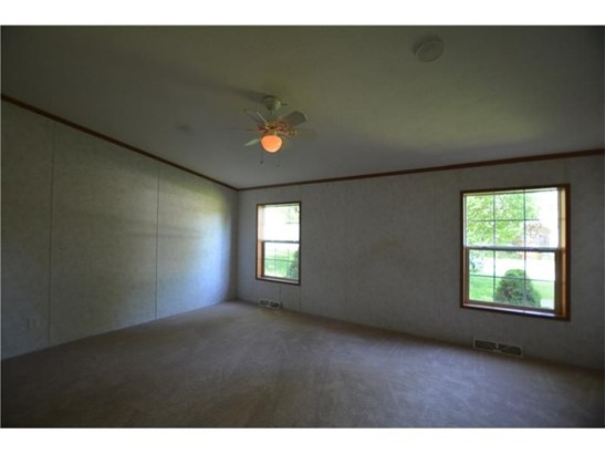 303 Hansen Ave, Ellwood City, PA - USA (photo 5)