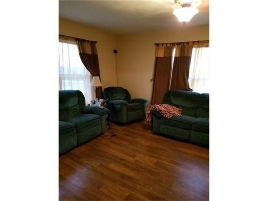 1059 Hartzell Rd, New Castle, PA - USA (photo 3)