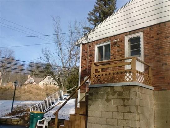 1017 W Sutter Rd, Glenshaw, PA - USA (photo 4)
