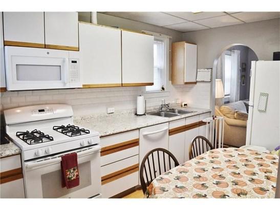 148 Altman Rd, Jeannette, PA - USA (photo 3)