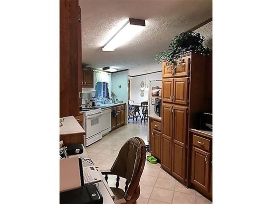 229 Connoquenessing Dr, Evans City, PA - USA (photo 2)