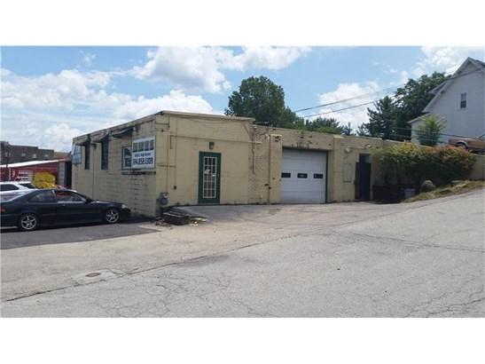 810 E High St., Waynesburg, PA - USA (photo 1)