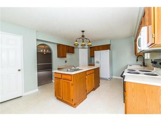 9247 Marshall Rd, Cranberry Township, PA - USA (photo 3)