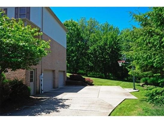 91 Celtic Ash Ct, Cranberry Township, PA - USA (photo 5)