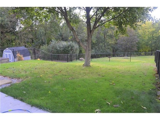 2436 Linden Dr, Allison Park, PA - USA (photo 3)