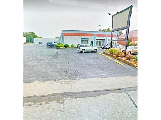 2414 Wilmington Rd, New Castle, PA - USA (photo 1)