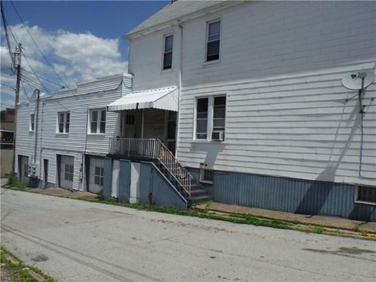 138 Sumner Ave, Vandergrift, PA - USA (photo 3)