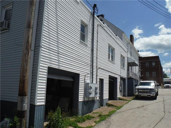138 Sumner Ave, Vandergrift, PA - USA (photo 4)