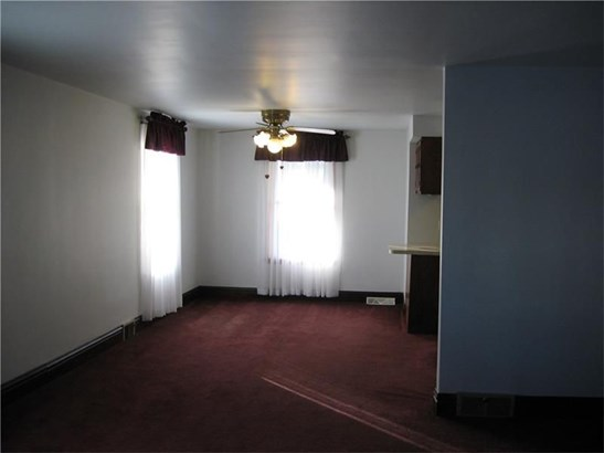 313 Foch St, Ellwood City, PA - USA (photo 5)