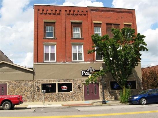 708 Lawrence Ave, Ellwood City, PA - USA (photo 1)