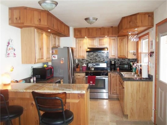204 Furnace Run Road, Freeport, PA - USA (photo 2)