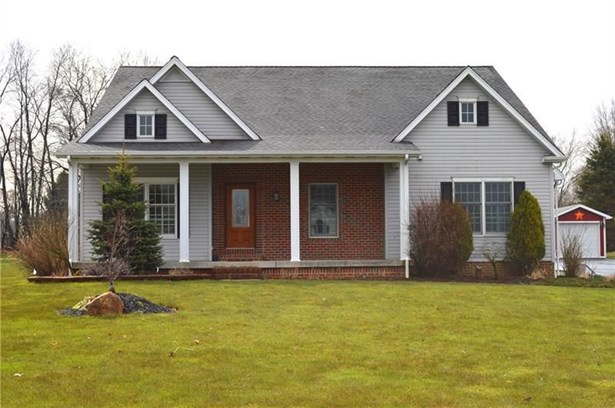 24 Teaberry Ln, Grove City, PA - USA (photo 1)