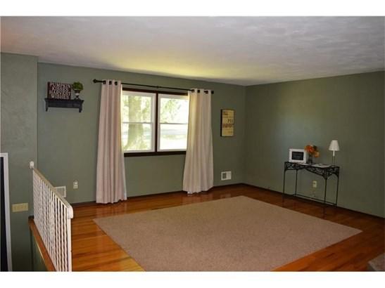 1274 Oakridge Rd, Mcdonald, PA - USA (photo 5)