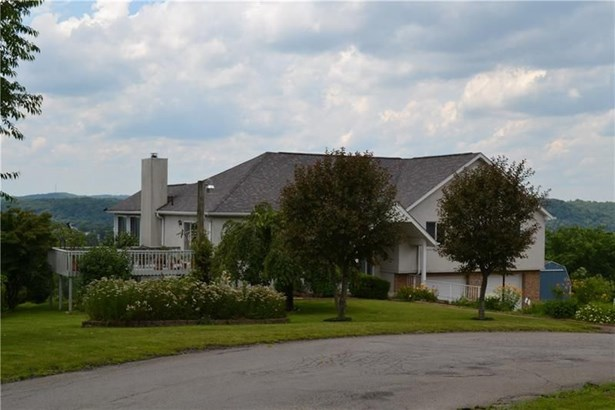 2460 Heilman Drive, Ford City, PA - USA (photo 2)