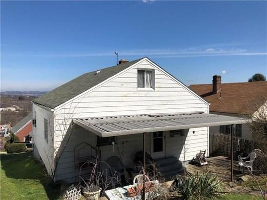 1004 Toman Ave, Clairton, PA - USA (photo 2)