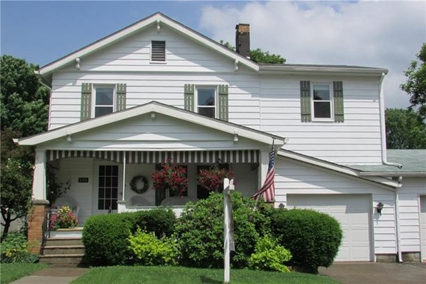 235 S Lincoln St, New Wilmington, PA - USA (photo 1)