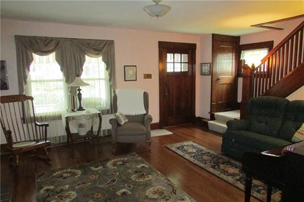 235 S Lincoln St, New Wilmington, PA - USA (photo 4)