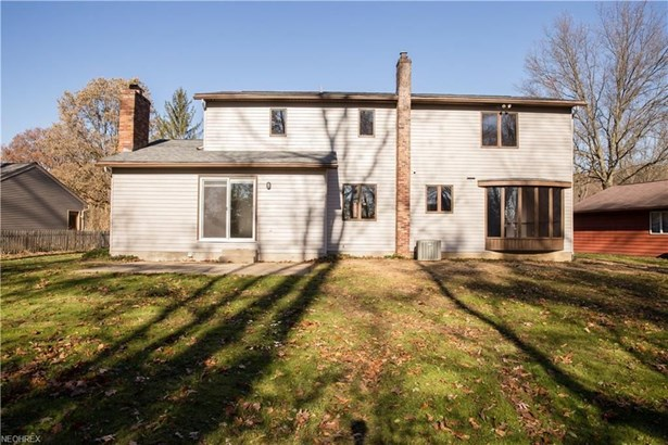 2411 Laurel Valley, Akron, OH - USA (photo 4)
