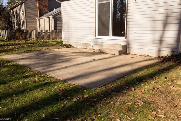2411 Laurel Valley, Akron, OH - USA (photo 5)