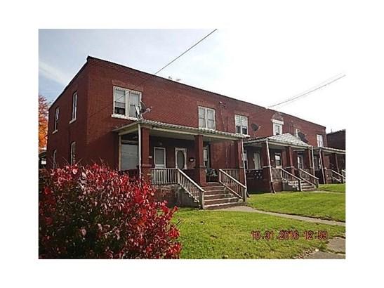 705 Lee Avenue, Farrell, PA - USA (photo 1)