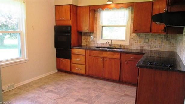 34862 Walnut, Salineville, OH - USA (photo 3)