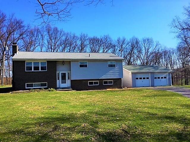 216 Heller Rd, Butler, PA - USA (photo 1)