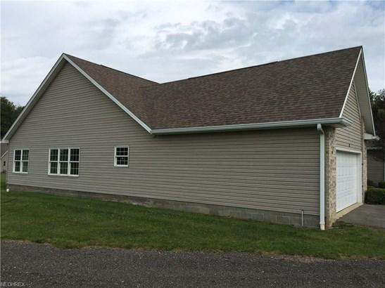 12 Colony, Hubbard, OH - USA (photo 3)