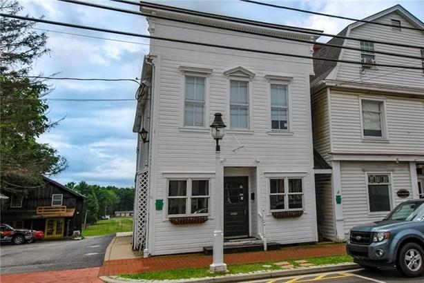 225 Main St, Saxonburg, PA - USA (photo 1)