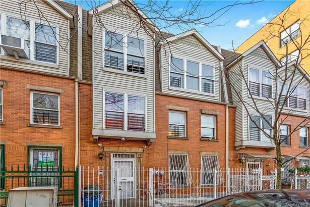 Colonial, Multi Family - Bronx, NY