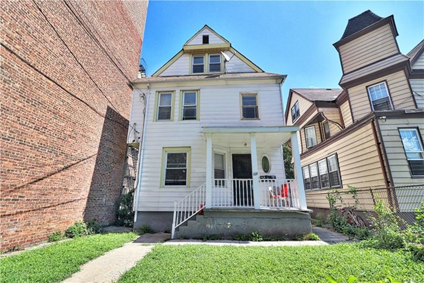 Colonial, Multi Family - Mount Vernon, NY