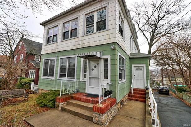Colonial, Triplex - Pelham, NY (photo 1)