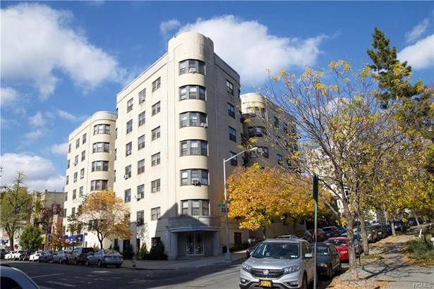 High Rise, Co-Operative - Bronx, NY
