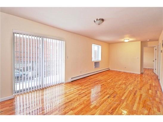 Triplex, Colonial,Contemporary - Bronx, NY (photo 4)