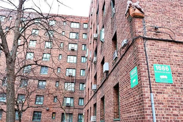 Condominium, Mid Rise - Bronx, NY (photo 3)