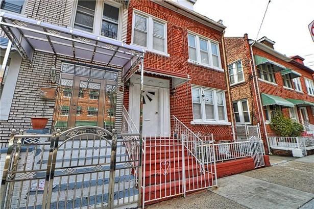 Triplex, Trilevel - Bronx, NY (photo 1)