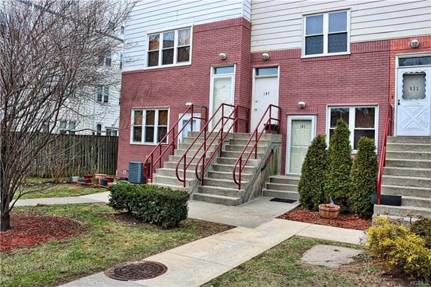 Condominium, Town House - Bronx, NY (photo 1)