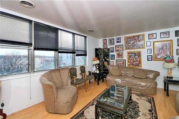 Condominium, Town House - Bronx, NY (photo 5)