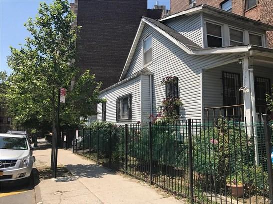 Colonial, Single Family - Bronx, NY (photo 1)