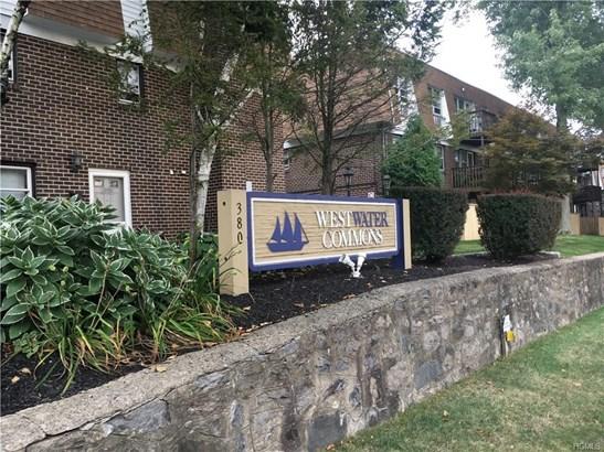 Garden Apartment, Co-Operative - Yonkers, NY (photo 2)
