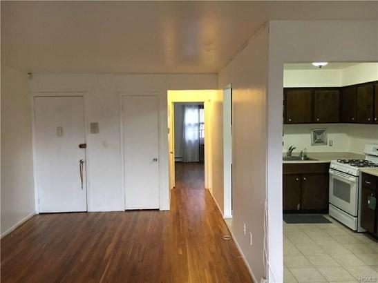 Garden Apartment, Co-Operative - Yonkers, NY (photo 4)
