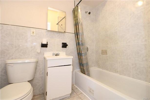 Apartment - Bronx, NY (photo 2)