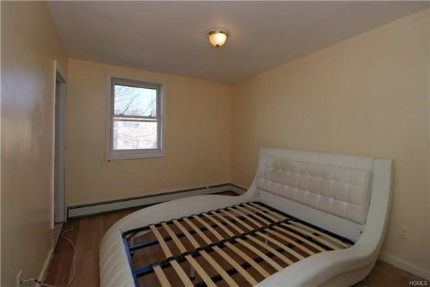 Apartment - Bronx, NY (photo 4)